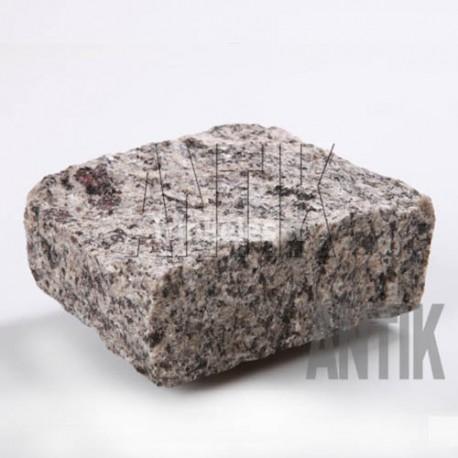 Granito akmens trinkelė ANTIK pilka 100x100x50